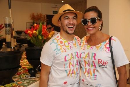 Narcisa Tamborindeguy e Vinicius Belo