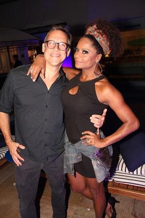 Adrien Cunha e Adriana Bombom
