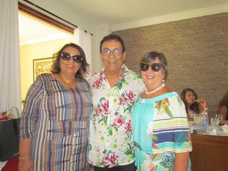 Cid Daltro entre Alfreda Xavier e Celia Cerqueira