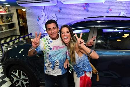 Andre Amial e Camila Torrini