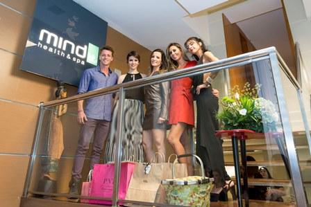 Diogo Venturieri, Cinthia Gomes, Tatiana Maximo, Karina Nunes e Malu Duarte
