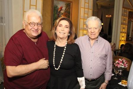 Carlos Serpa , Ruth e Arnaldo Niskier