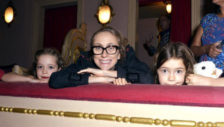 Betty Gofman e sua filhas Alice e Helena