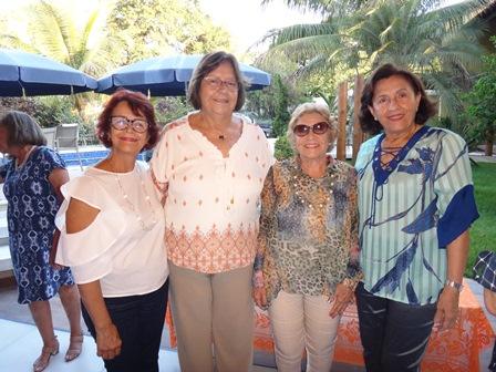 Maria da Conceição Carvalho, Carlota Oliveira, Leny Madalena e Denise Caribé Teixeira de Freitas