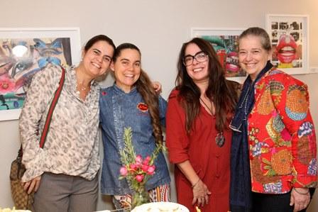 Thaiza  Ruiz, Cristina Martuscelli, Dulce Nascimento e Rachel Rosadas