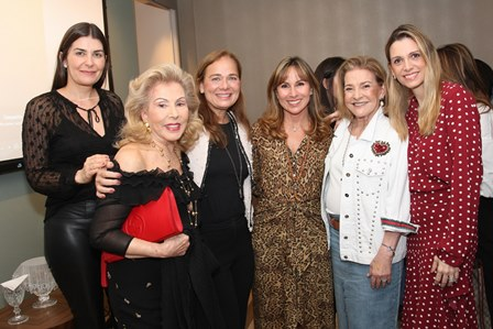 Liliane Santiago, Mariza Coser, Frederica Bastian Pinto, Andrea Rudge, Adila Vianna e Ana Paula Cola