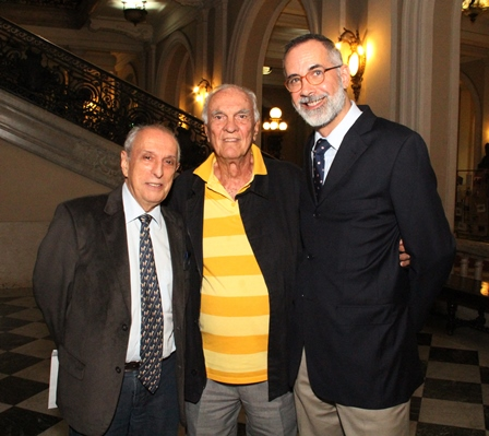 Gilbert, Saturnino e Jan