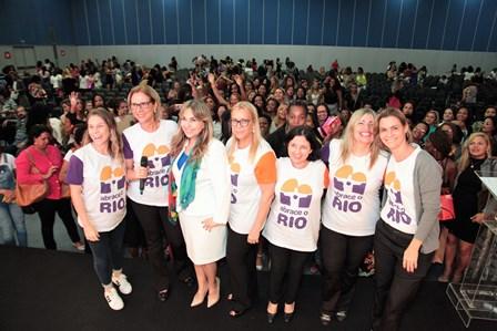 Primeira-dama da cidade do RJ Sylvia Jane Crivella, Eliana Ovalle, Telma Guimarães, Georgina Guinle e equipe