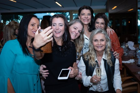 Valeria Peixoto, Joana Wolff, Claudia Jannuzzi, Rose May Addario, Vania Chami, Erise Villela