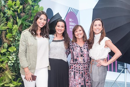 Clarissa Ossaille   Alessabndra Cunha Simone Miguez e Joana Nolasco