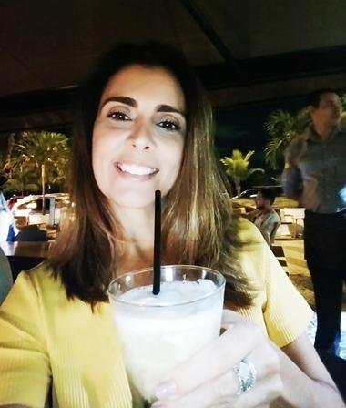 A bela Carla Menezes