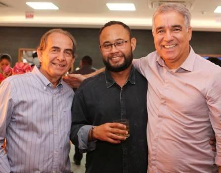 Getúlio e David Lima com o deputado Zé Neto