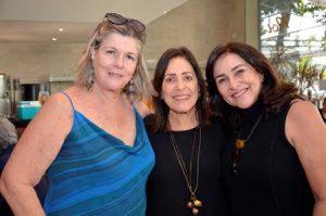 Maria Cristina Paz com as irmãs Bia e Marcia Câmara Torres