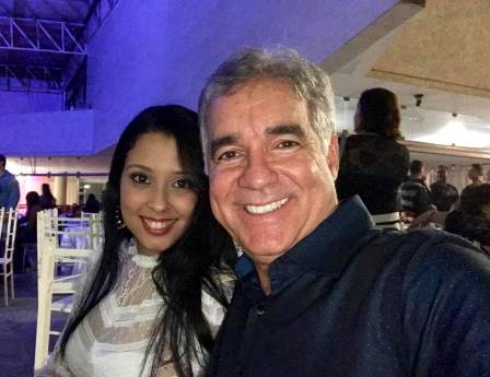 Naina e Zé Neto