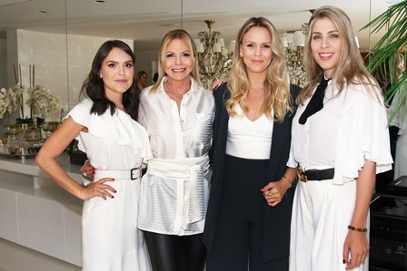 Lari Duarte, Nina Kauffmann, Lorena Campello e Monique Leite
