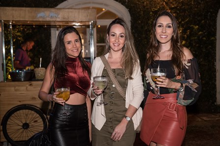 Fernanda Scott  Luciana Alonso e Jessica Rizkalla-