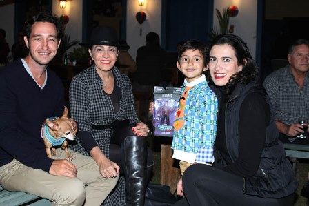 Antonio Rocha, Liliana, Flavia Manahu e seu filho