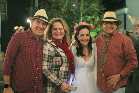 Paulo e Renata Fraga com Liliana e Nestor rocha