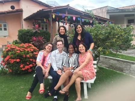 Ligia Carneiro Santos, Viviane Santos, Iara Carneiro Santos, Ailton Pitombo, Jane Arlete Araújo Santos e Maria Aparecida Carneiro Santos Almeida