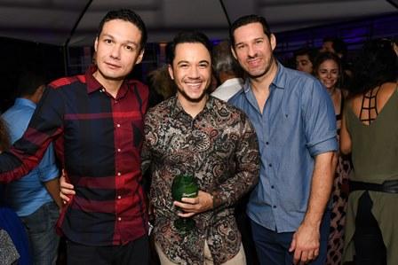 Ricardo Arze, Vinicius Belo e Claudio Tironi