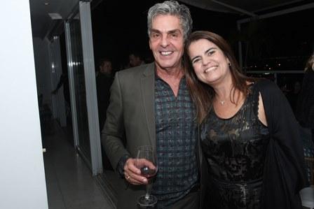 Manoel Thomaz e Thaiza Ruiz
