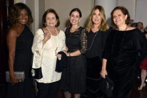 Glória Maria , Lucinha Araújo , Flora Gil , Lilibeth Monteiro de Carvalho e Sandra Fernandes