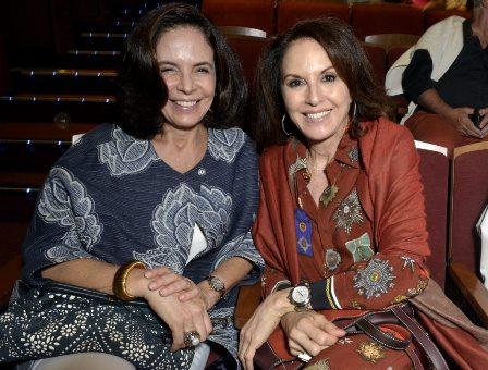 Laura Simões  e Regina Martelli