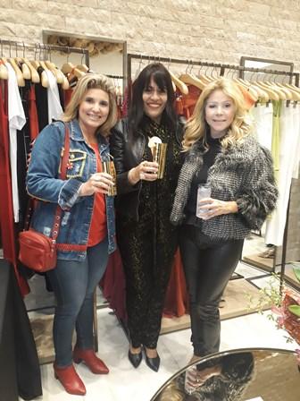 Tayana Ruiz, Adelma Fonseca e Catia Garrido