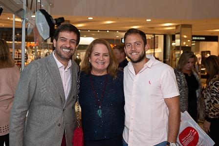 Bruno Astuto, Renata Fraga e seu filho