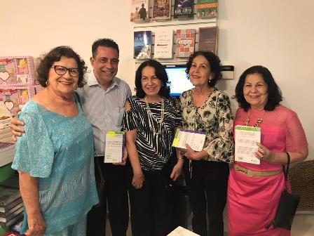 Iara, Sergio, Silvia, Ligia e Maria Aparecida Carneiro