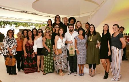 Mulheres com o convidado Marcello Veloso