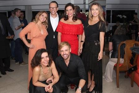 Fernanda Johannpeter, Heckel Verri, Narcisa, Germana Gerdau, Lu Lacerda e Bruno Chateaubriand