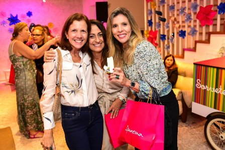 Ana Fernandes, Luciana Josetti e Nicole Ofeiche