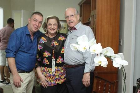 Bayard Boiteux com Cristina e Claudio Aboim
