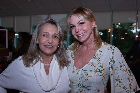 Beth De Luca, Nina Kauffmann