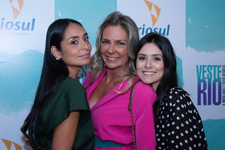 Karla Ortiz, Marcia Verísimo, Camila Santanioni