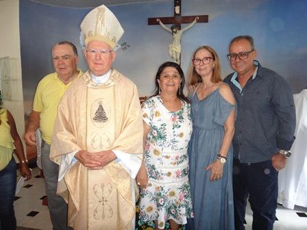 Sebastião Soares, Dom Itamar Vian, Cinira Soares, Maria Vitória e Roberto Costa
