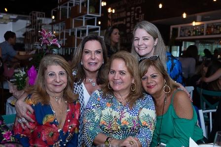 Sylvia Machado, Dirce Motta, Claudia Jannuzzi, Renata Fraga, Fofy Luz